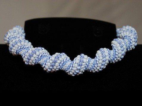 ожерелье из бисера