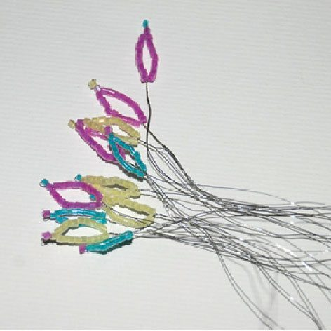 Бисероплетение схемы анютины глазки - Делаем фенечки своими руками.