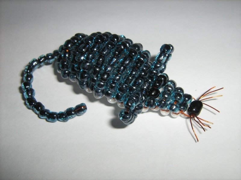Схемы плетения зверушек из бисера.  Комментарии : LiveInternet.