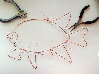 схема плетения рыбы из бисера