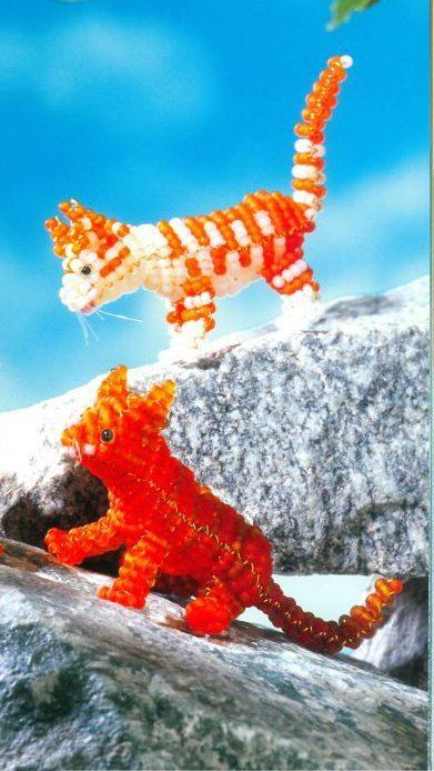 Объемный котенок из бисера