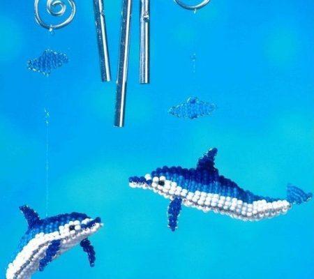 Объемные дельфины из бисера
