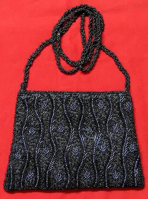фото сумочки вышитой бисером-17