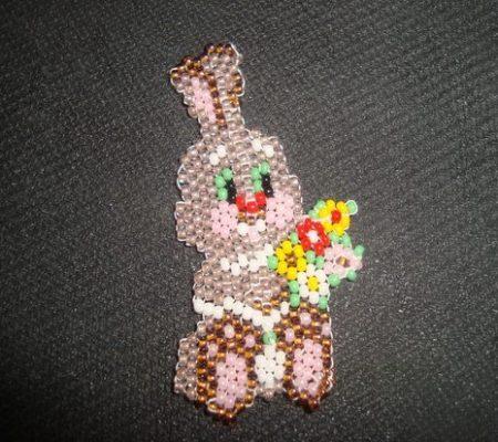 заяц из бисера