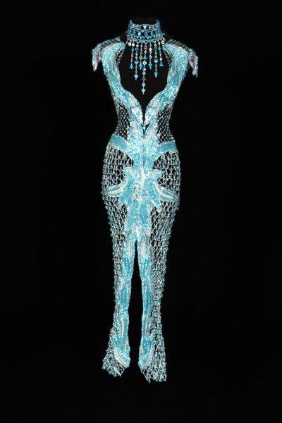 Бирюзовое платье из бисера - вид спереди