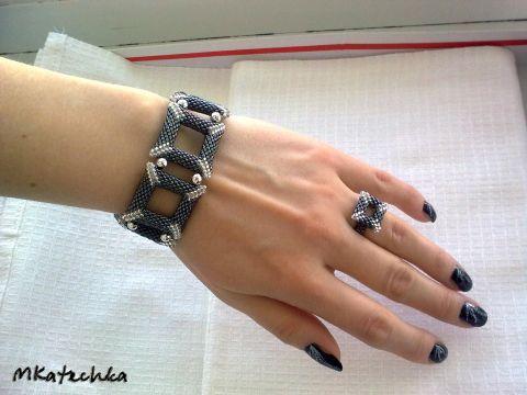 оригинальный бисерный браслет