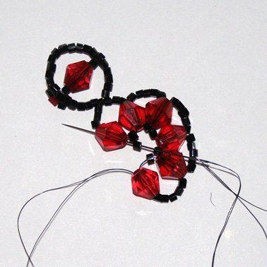 плетем оригинальный браслет