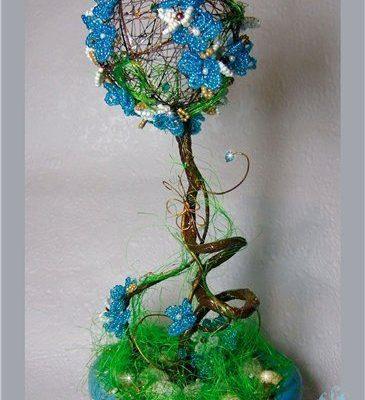 Дерево из бисера как символ любви