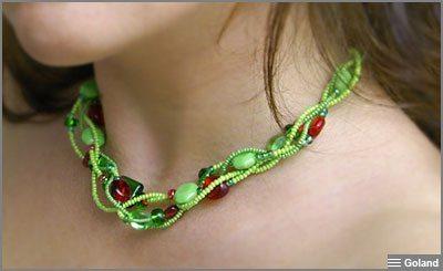 Летнее ожерелье из бисера