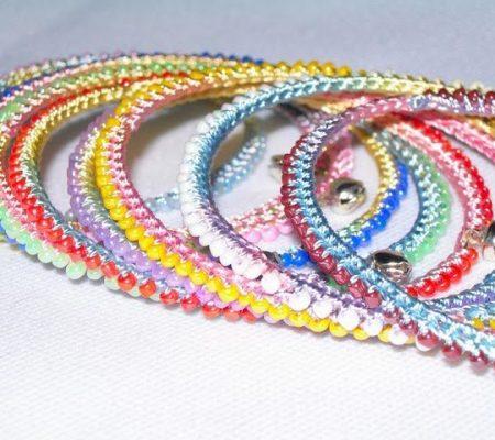 Вязаный бисерный браслет