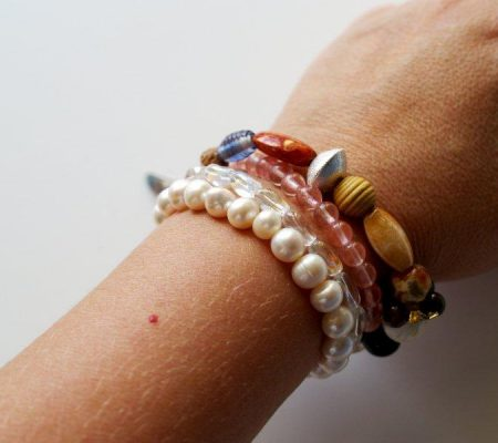 Многоярусный летний браслет