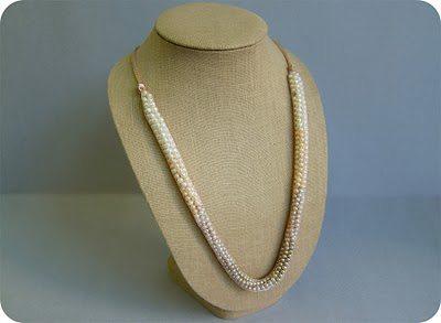 бисерное ожерелье на вечер