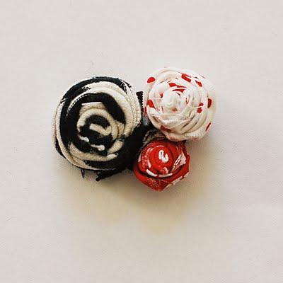 Декоративные элементы для ожерелья из бусин и ткани