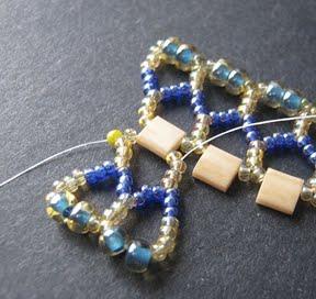 Ажурный браслет из бисера: схема плетения 10
