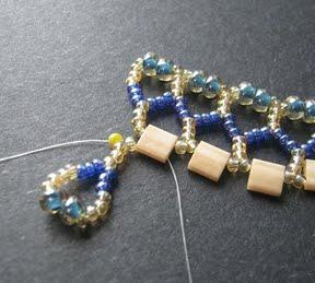 Ажурный браслет из бисера: схема плетения 8