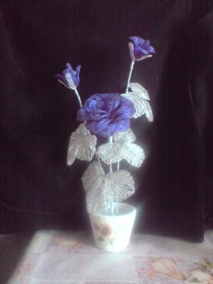 бисерные цветы в горшочке