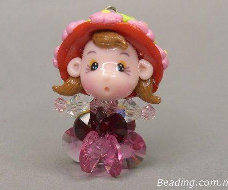 Куколка из бусин