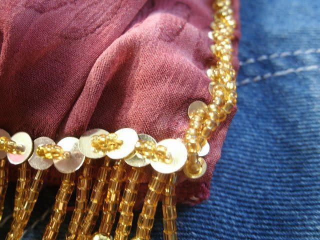 Плетение бисером (бисероплетение) - искусство плетения из бисера и бусин различных .  Recent Posts.