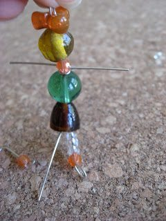 Объёмные человечки из бисера: схема плетения 5