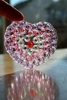 Сердце из бисера и клея
