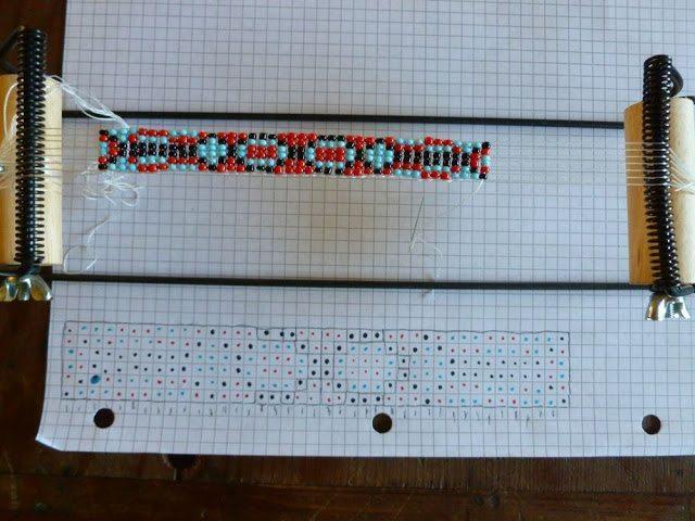 Как украсить кожаный браслет бисером: схема
