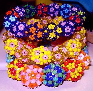 украшения из бисерных шаров