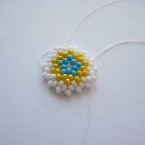Яйцо из бисера схема плетения 1