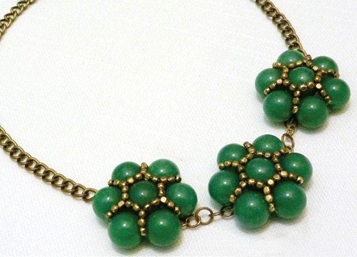 Ожерелье из бисера Вальс цветов