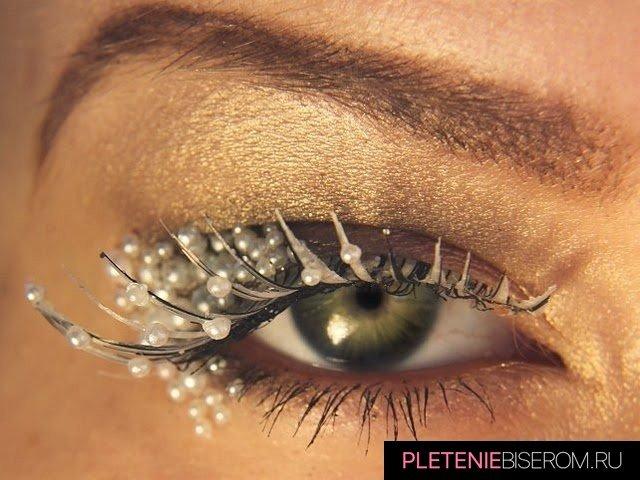 Оригинальный макияж с бисером 9