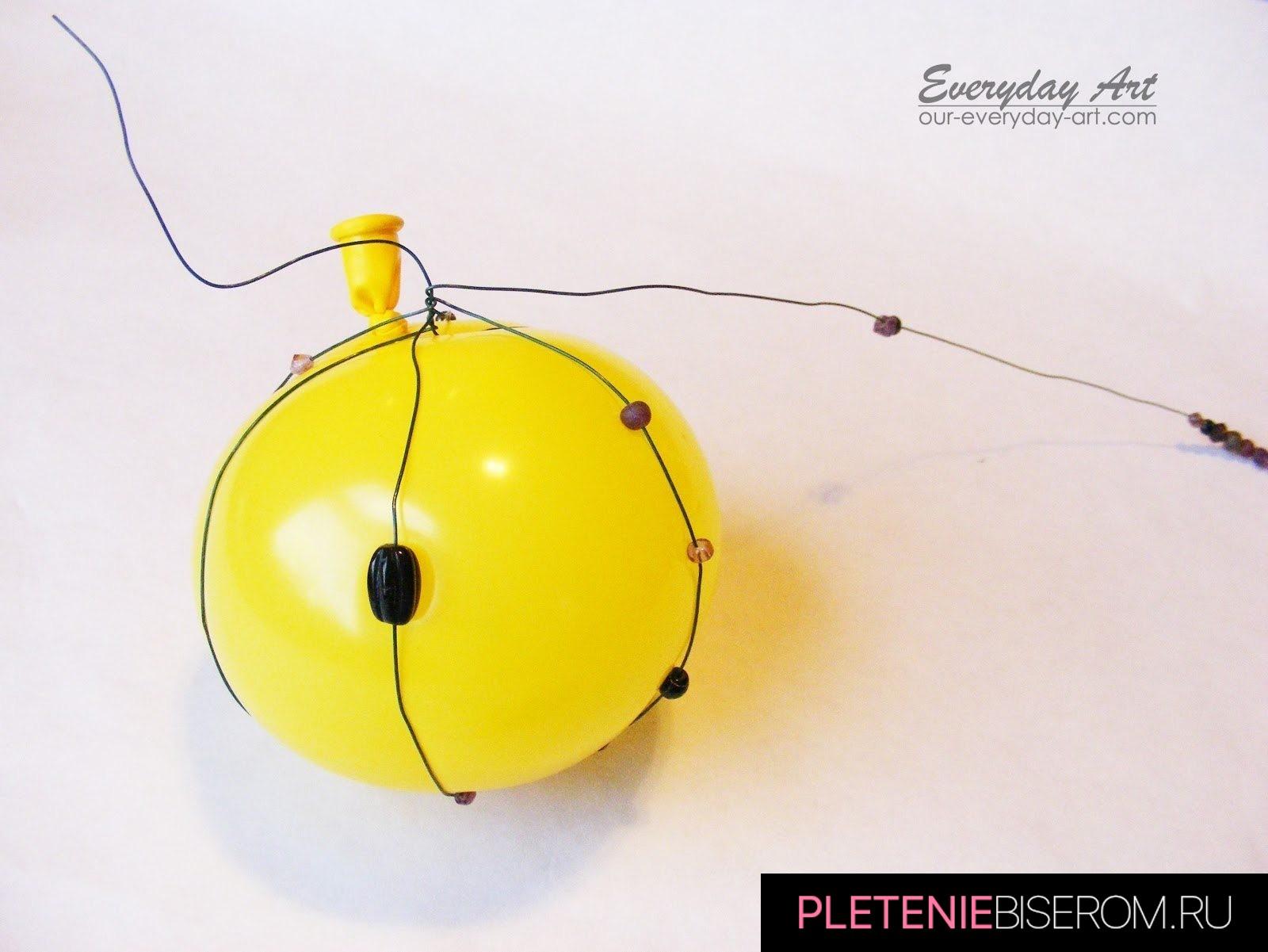 Новогодние шары из бисера и бусин: схема плетения 1