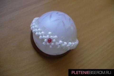 Красивое пасхальное яйцо из бисера