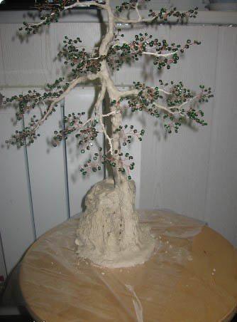 Как сделать ствол для дерева из бисера?