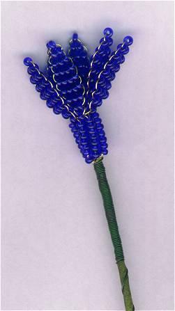 Цветок гиацинта из бисера