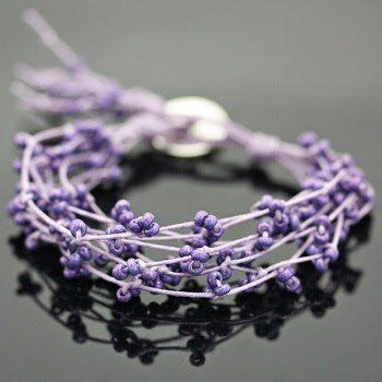 Плетеный браслет из бисера