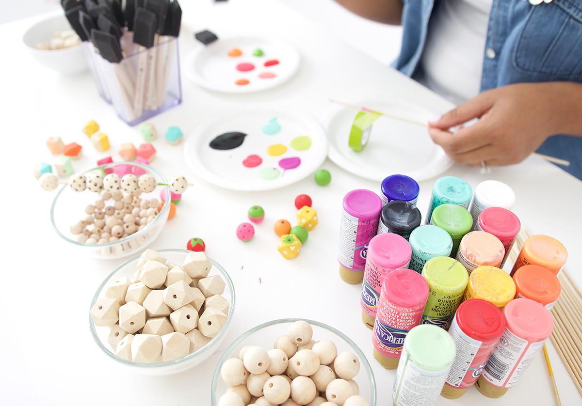 Как покрасить бусины-приступайте к работе