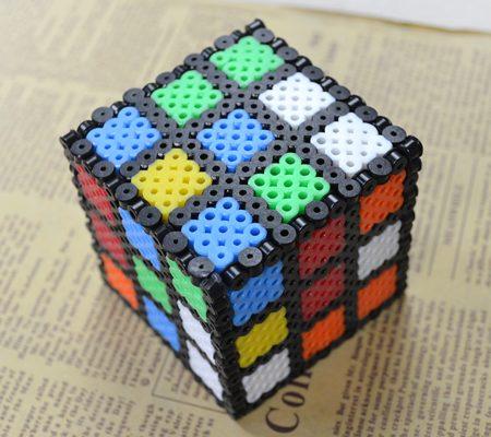 Кубик рубика из бисера Perler