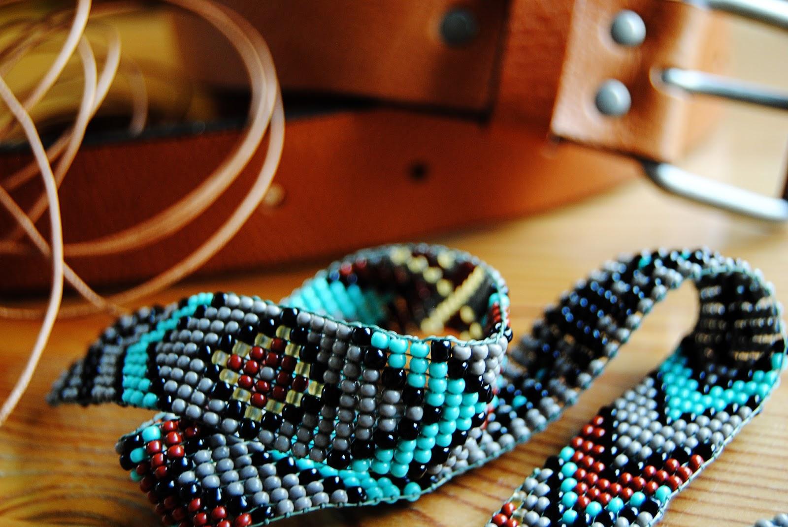 Кожаный ремешок для часов своими руками Как сделать ремешок из бисера