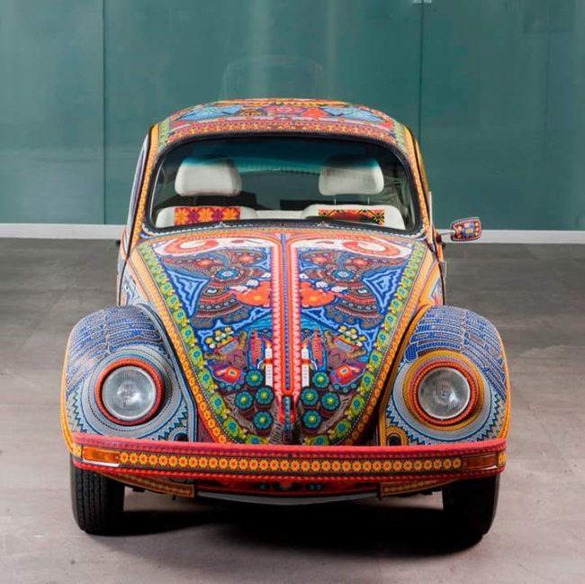 Бочоль - автомобиль из бисера