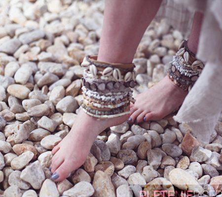 Браслеты для ног из бусин своими руками