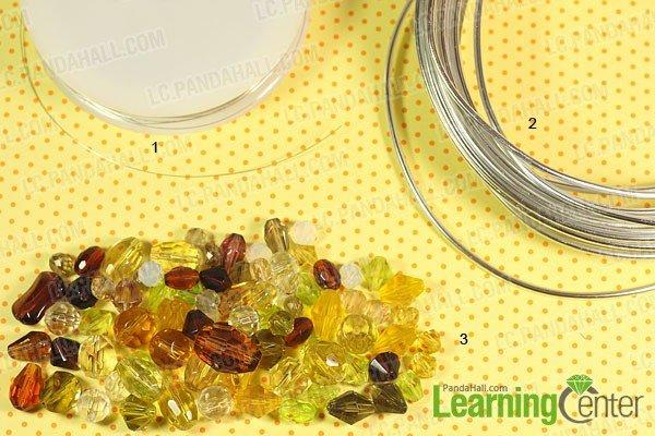 Колье из бусин с имитацией янтаря-материалы