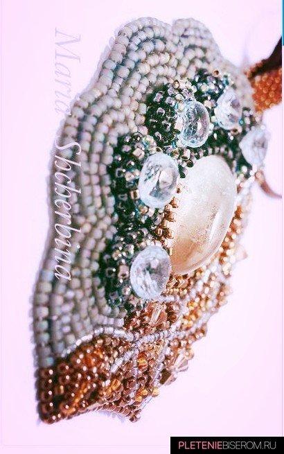 экстравагантное ожерелье