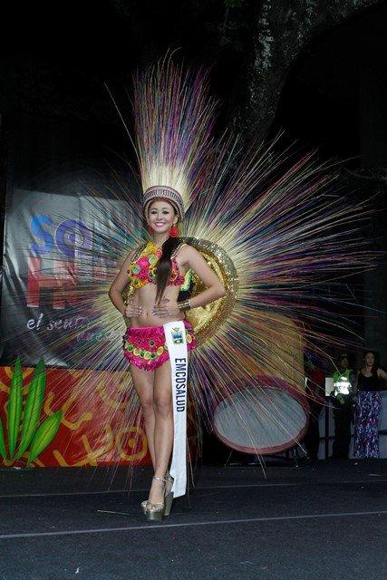 Хит колумбийского конкурса красоты национальные платья из бисера