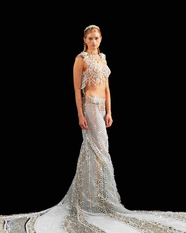 Свадебное платье из бисера от дизайнера Gail Be
