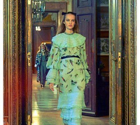 Изысканные наряды Chanel с бисерными вставками