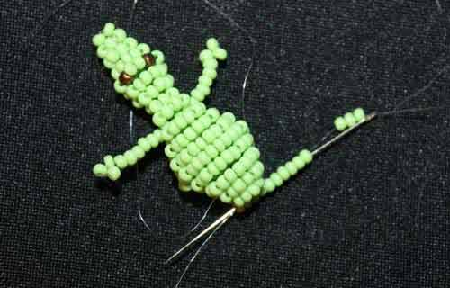 тело крокодильчика из бисера